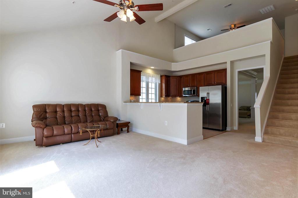 Family Room / Loft Overlook - 88 DENISON ST, FREDERICKSBURG