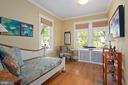Second main level bedroom - 1604 N CLEVELAND ST, ARLINGTON
