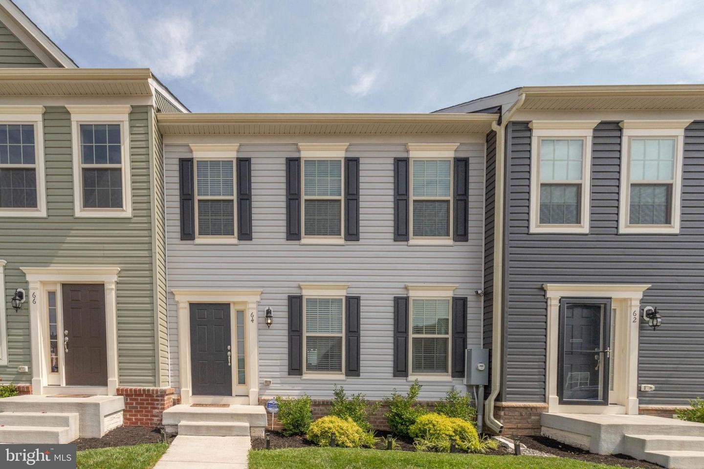 Single Family for Sale at 64 Niblick Sq Front Royal, Virginia 22630 United States