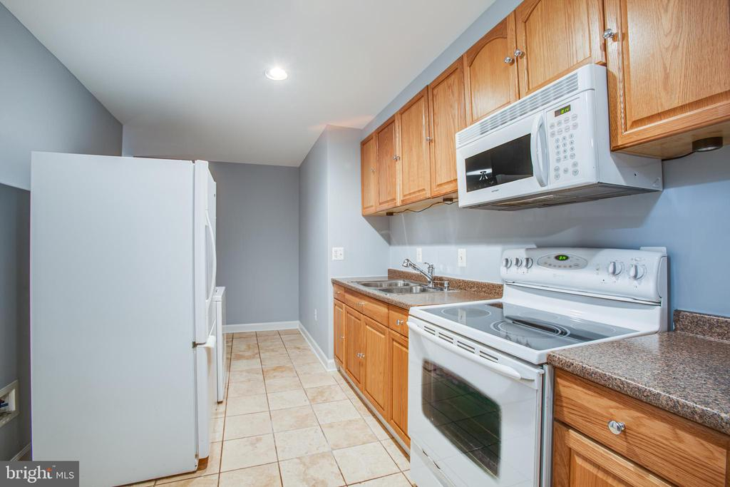 Basement Kitchen - 902 S QUINCY ST, ARLINGTON