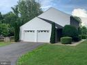 Side load garage. - 14182 WYNGATE DR, GAINESVILLE