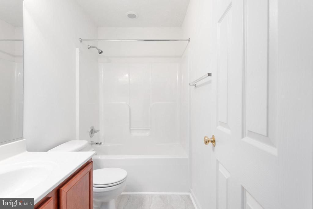 Lower level has completely finished full  bathroom - 51 RIVER RIDGE LN, FREDERICKSBURG