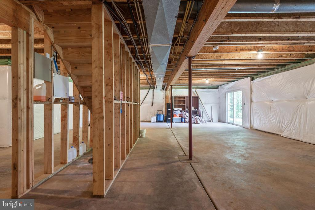 Ready for your ideas to finish off the basement. - 51 RIVER RIDGE LN, FREDERICKSBURG