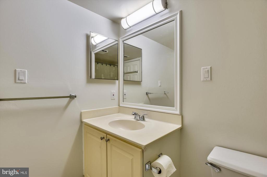 2nd bathroom - 20596 CORNSTALK TER #201, ASHBURN