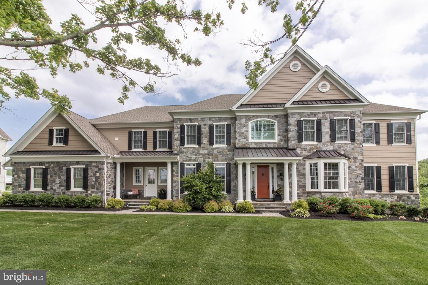 Photo of home for sale at 3904 White Stone Road, Newtown Square PA