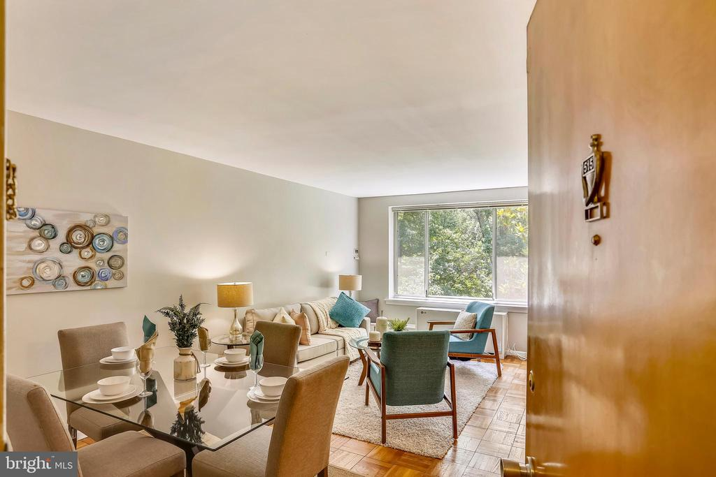 Welcome to TOP FLOOR unit 515 - 4100 W ST NW #515, WASHINGTON