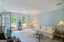 Lovely formal living room with French doors - 12009 BENNETT FARMS CT, OAK HILL