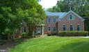 Beautiful 5 bedroom home situated on almost 1 acre - 12009 BENNETT FARMS CT, OAK HILL