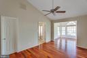 Hardwood floors in Master Bedroom - 43657 SCARLET SQ, CHANTILLY