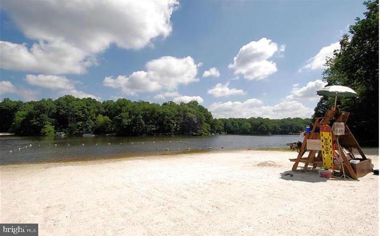 Beach Area for Lake Residents - 3502 PINETREE TER, FALLS CHURCH