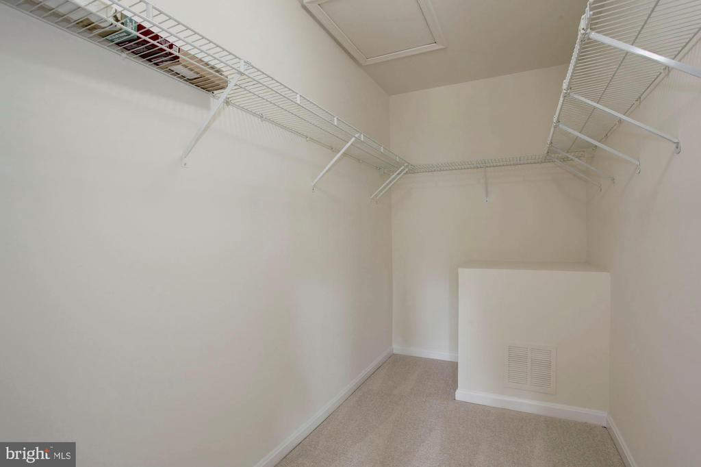Large Walk In Closet - 4153 CHURCHMAN WAY #5, WOODBRIDGE