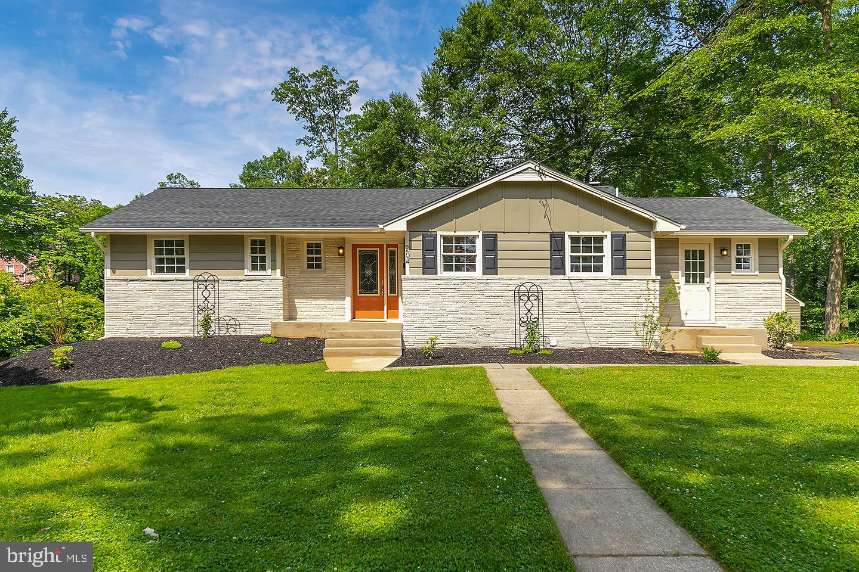 Single Family Homes para Venda às Wenonah, Nova Jersey 08090 Estados Unidos