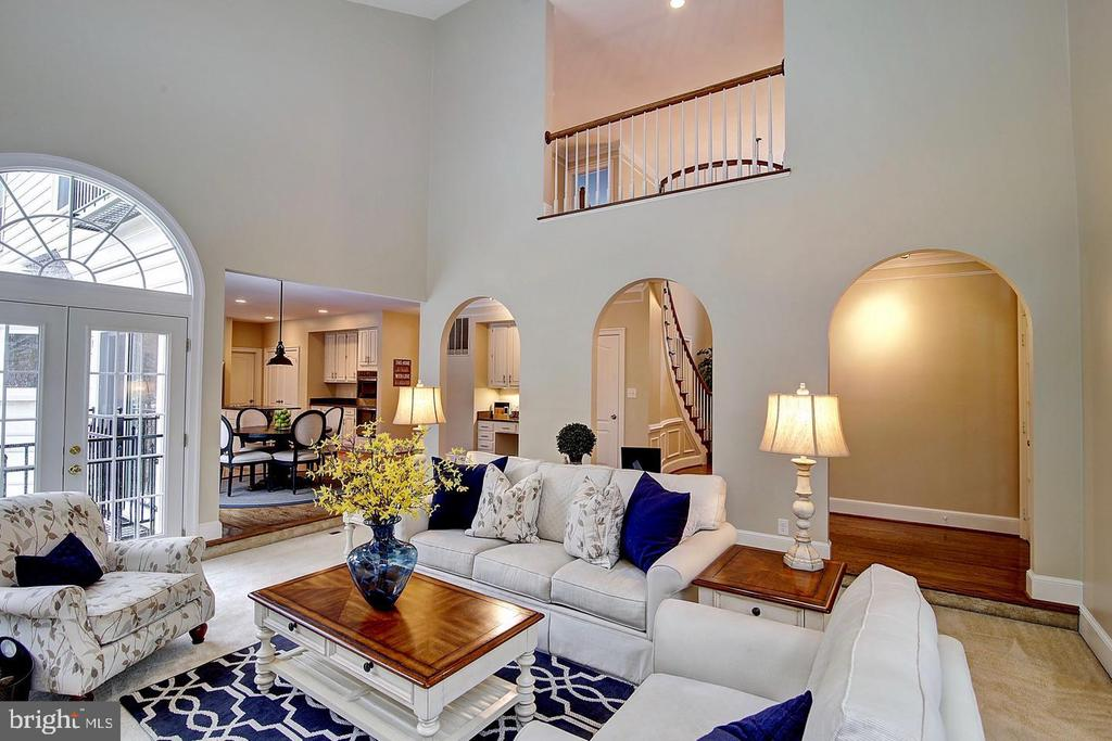 Custom architectural archways - 1298 STAMFORD WAY, RESTON