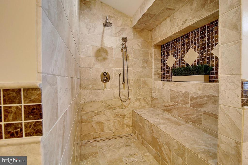 Roman shower features custom Travertine tile - 1298 STAMFORD WAY, RESTON