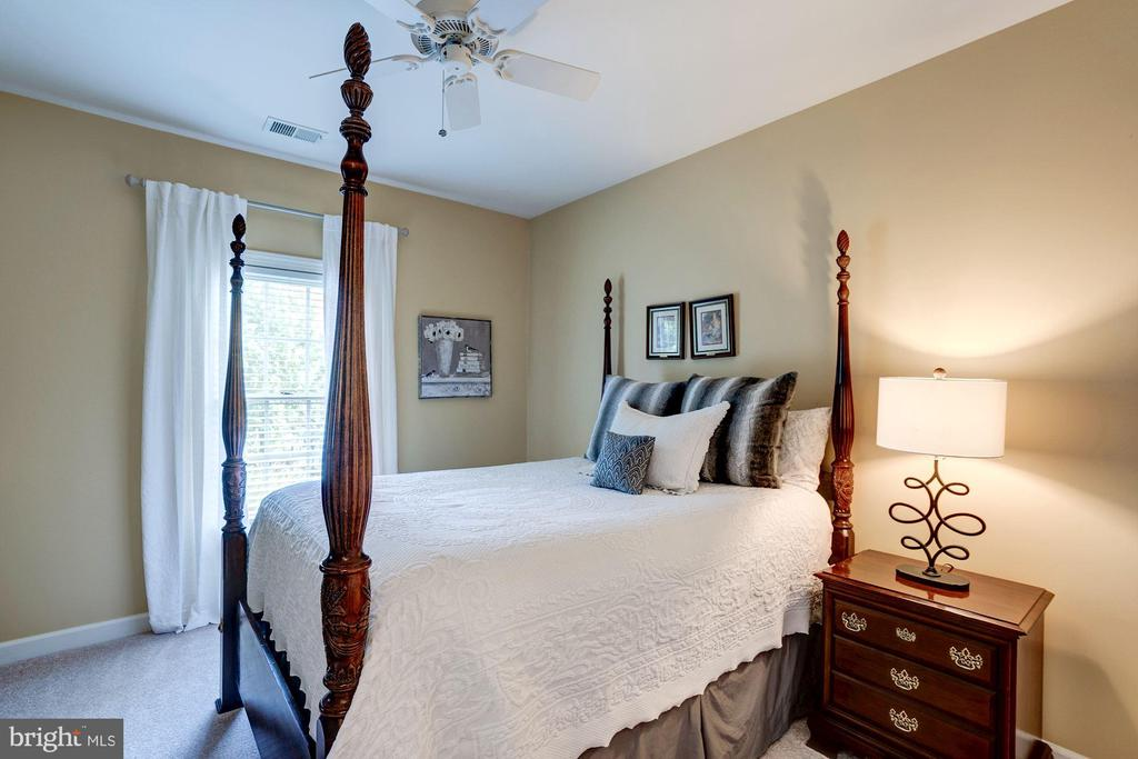 Second bedroom - 47297 OX BOW CIR, STERLING