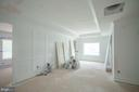 Upstairs loft/sitting area at landing - 12602 THOMPSON RD, FAIRFAX