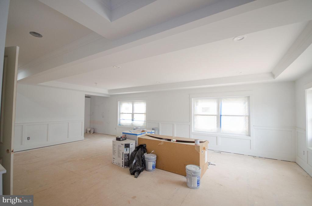 Formal living/dining rooms - 12602 THOMPSON RD, FAIRFAX