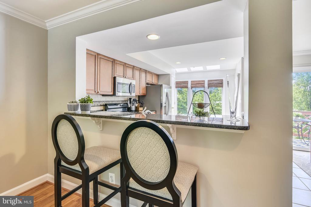 One of the Only Homes with the Kitchen Cut-Out!!! - 21252 HEDGEROW TER, ASHBURN