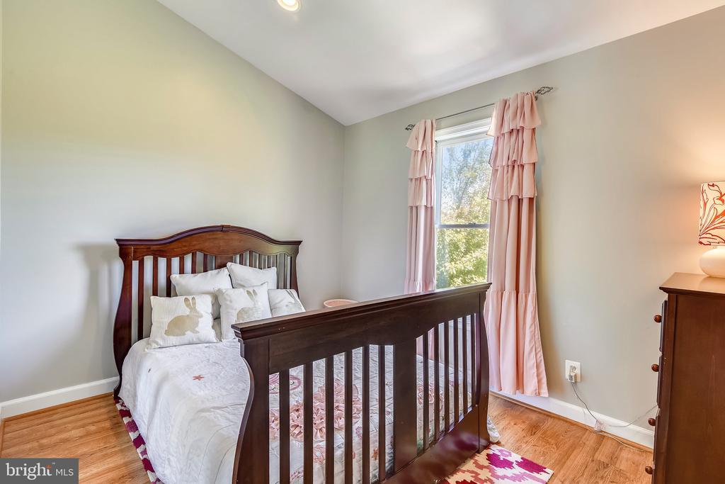 Upper Level 3rd Bedroom - 21252 HEDGEROW TER, ASHBURN