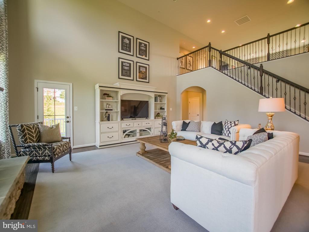 two story living room - 217 BRASHEARS CT, WALKERSVILLE