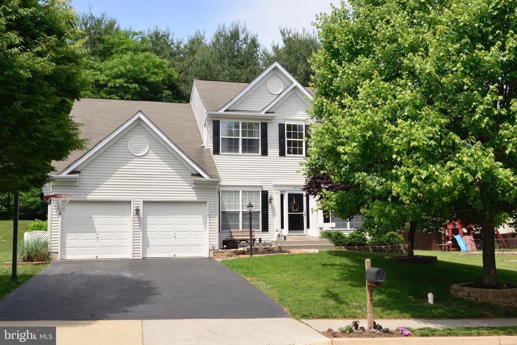 - 437 E LOUDOUN VALLEY DR, PURCELLVILLE