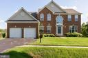 - 18500 CROSSVIEW RD, BOYDS