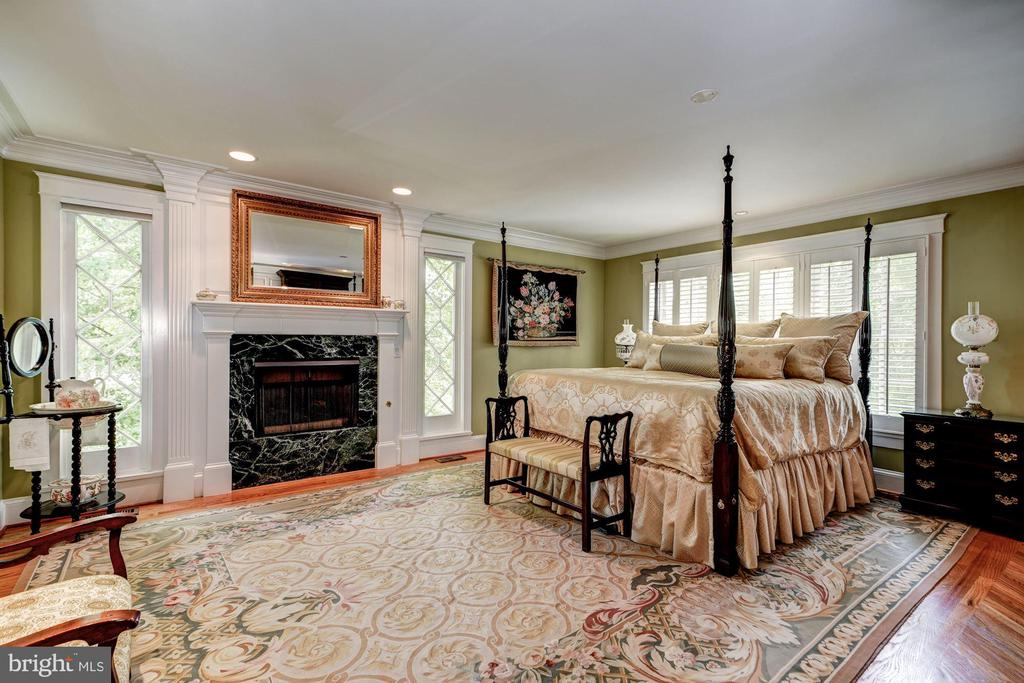 Owner's Suite - 3812 MILITARY RD, ARLINGTON