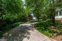 Paved driveway runs through property - 3812 MILITARY RD, ARLINGTON
