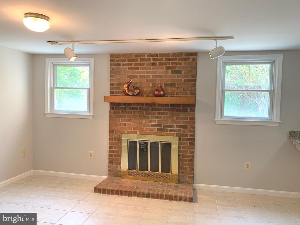 Fireplace in Rec/Family Room - 8421 HOLLIS LN, VIENNA