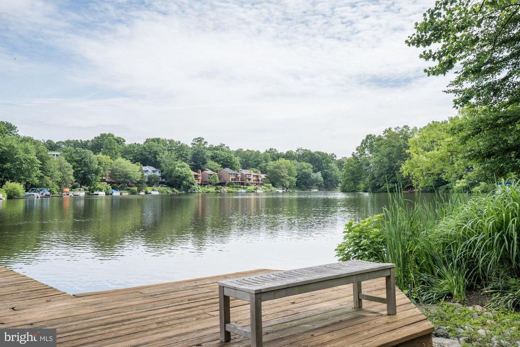 Private dock on Lake Audubon - 2272 COMPASS POINT LN, RESTON