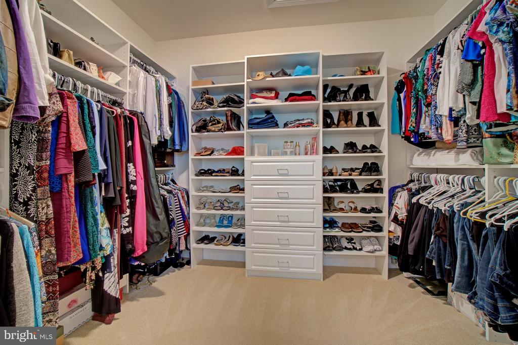 Two of the Three Walk-ins have Closet Organizers - 42436 MORELAND POINT CT, ASHBURN