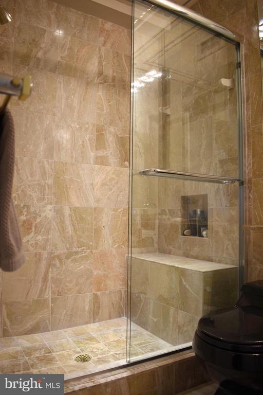 Master Bath - 1200 N NASH ST #855, ARLINGTON