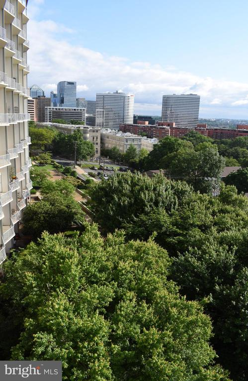 View toward Rosslyn from balcony - 1200 N NASH ST #855, ARLINGTON