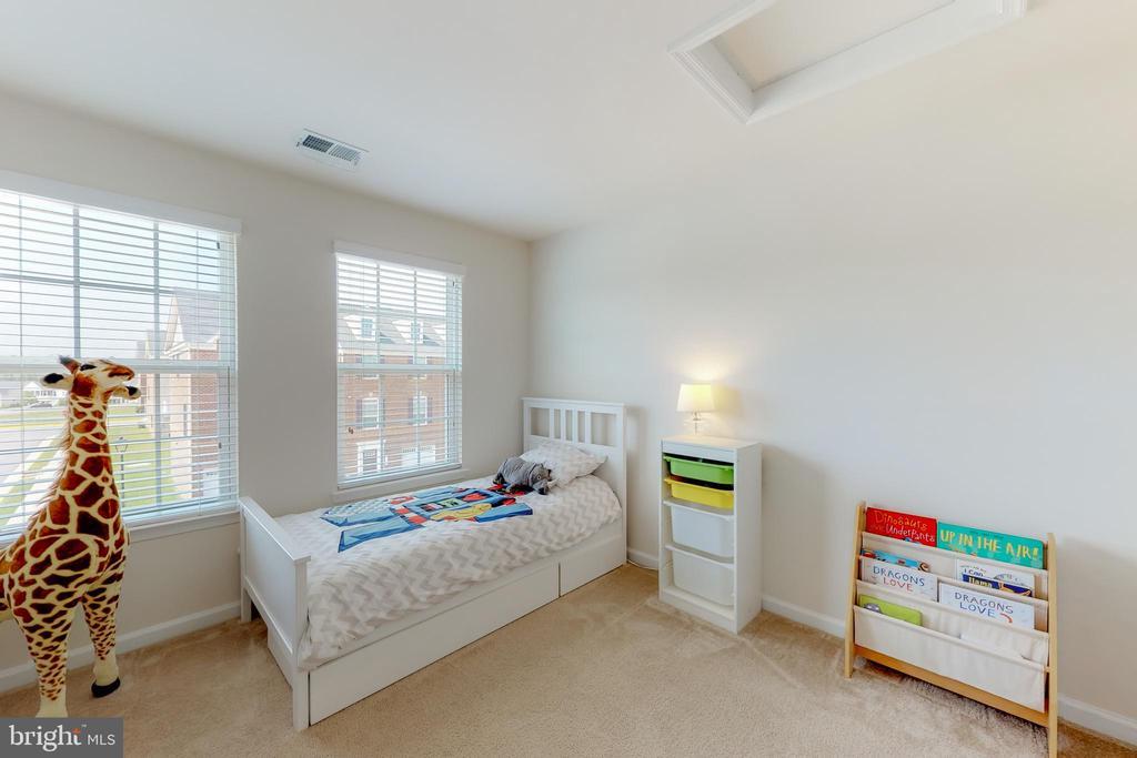 Bedroom 2 - 41879 COUNTRY INN TER, ALDIE