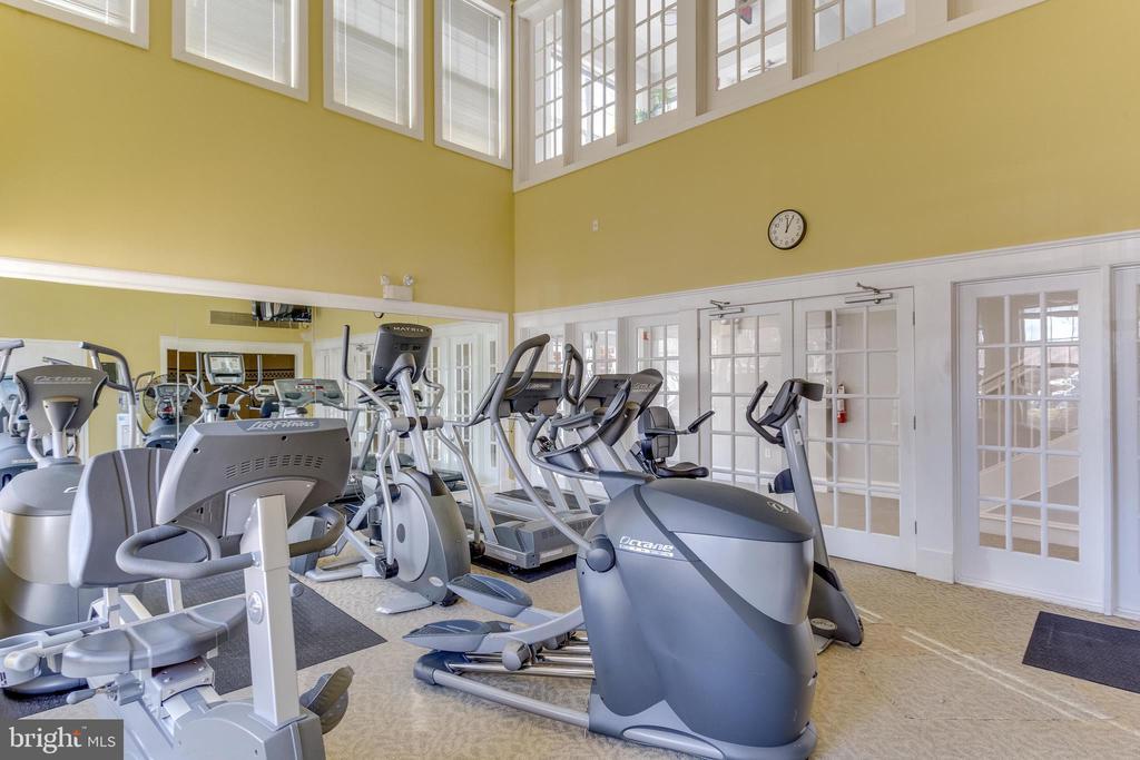 Fitness Center - 1645 INTERNATIONAL DR #109, MCLEAN