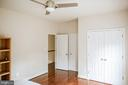 Upper-Level Bedroom 2 - 9ft ceiling height - 4617 HOLIDAY LN, FAIRFAX