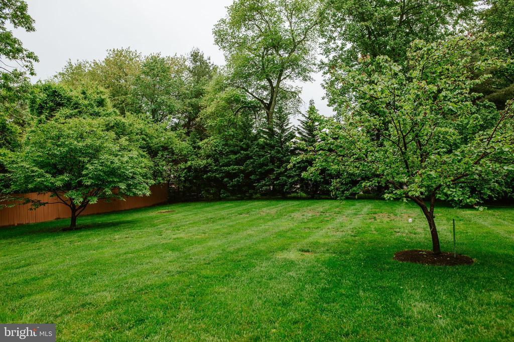 12 Zone In-ground sprinkler system - 4617 HOLIDAY LN, FAIRFAX