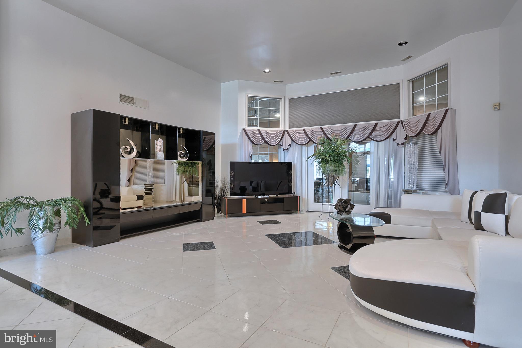 19' x 20' formal living room