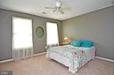 4th bedroom with ceiling fan / new carpet - 42324 BIG SPRINGS CT, LEESBURG