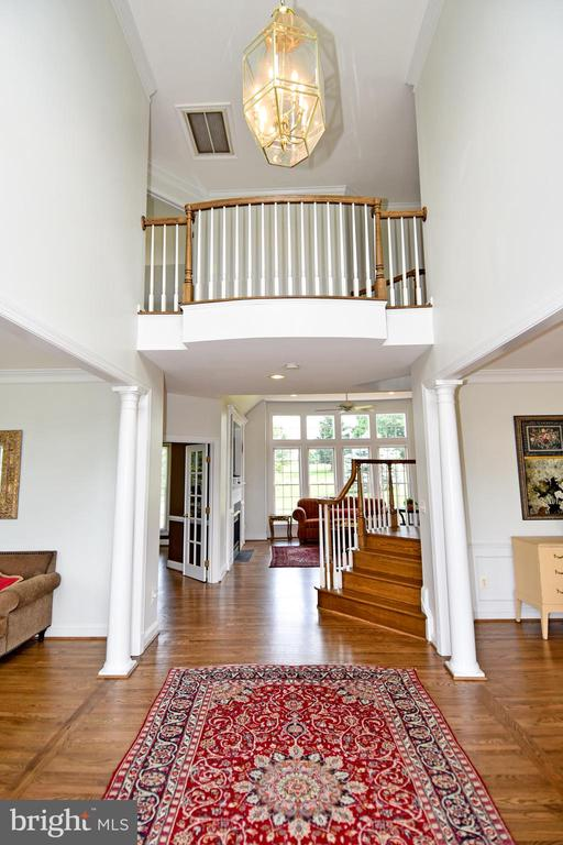 Hardwood floors refinished throughout home - 42324 BIG SPRINGS CT, LEESBURG