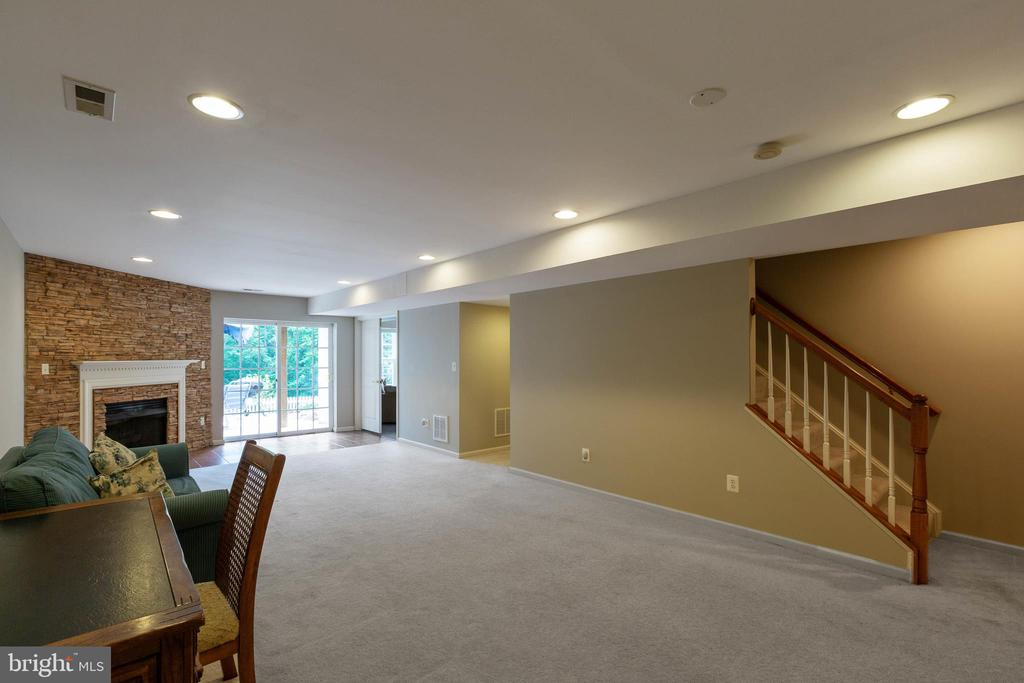 Recreation Room - 9413 PRIMROSE LN, MANASSAS PARK