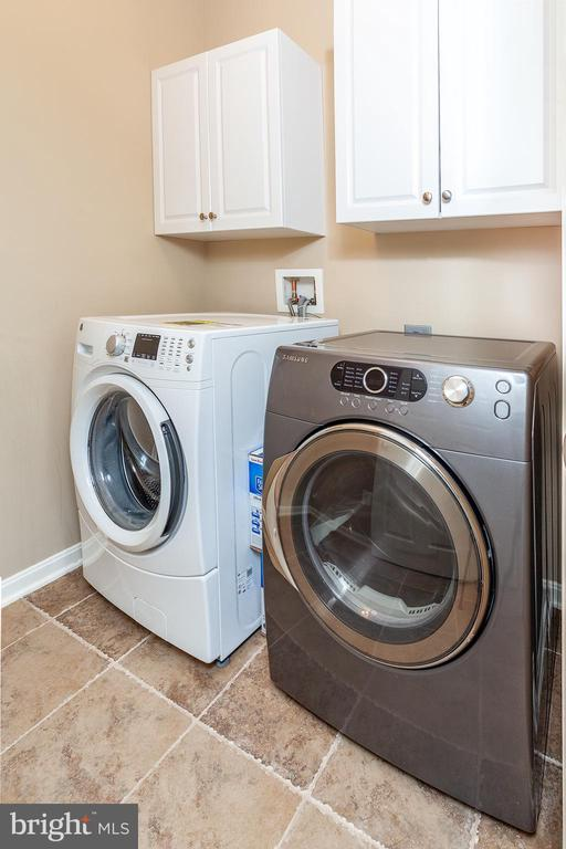 Laundry Room on upper level! - 6313 STILL SPRING PL, ALEXANDRIA
