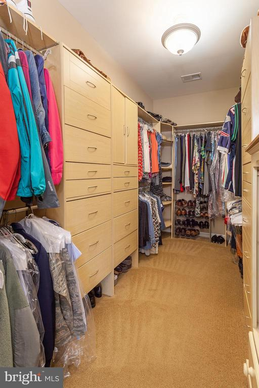 Custom Closet in Master Suite - 6313 STILL SPRING PL, ALEXANDRIA