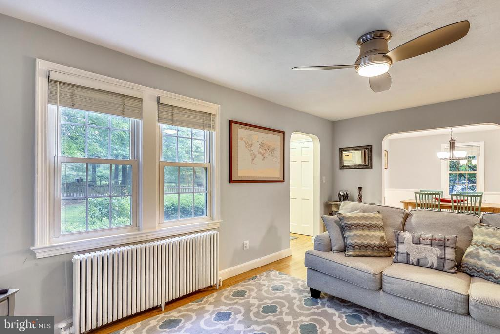 Double front windows enhance Living Room - 2418 HURST ST, FALLS CHURCH