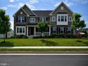 Beautiful Home - 42483 MADTURKEY RUN PL, CHANTILLY