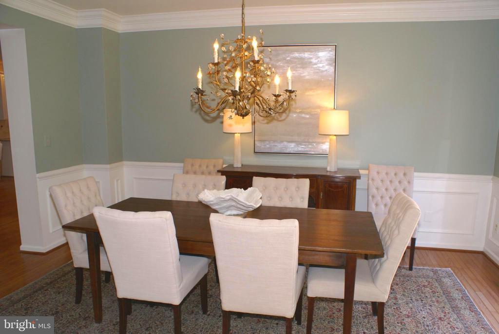 Fine dining room for entertaining! - 12809 SHADOW OAK LN, FAIRFAX