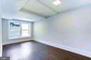 Bedroom #4 (lower level) with expansive windows - 3624 NORTON PL NW, WASHINGTON