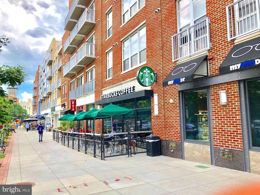 100 yards to Starbucks - 3624 NORTON PL NW, WASHINGTON