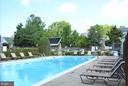 Outdoor Pool - 3515 WASHINGTON BLVD #211, ARLINGTON