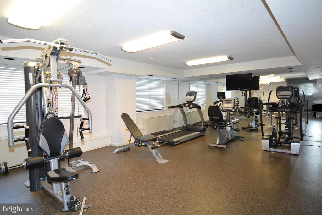 Exercise Room - 3515 WASHINGTON BLVD #211, ARLINGTON